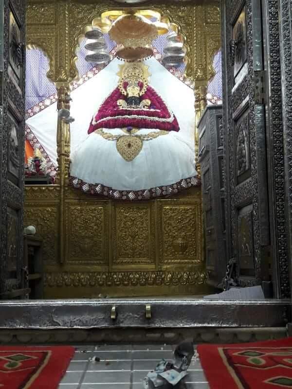 Jai Shree Shyam05