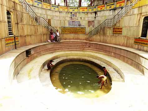 Shyam Kund Khatu Dham
